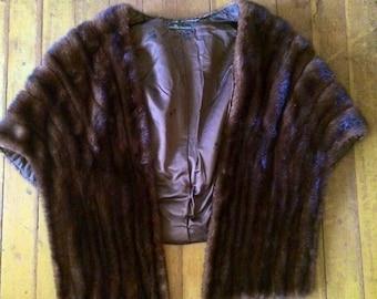 Amazing mink fur  1940's-1950's cape/stole. Free size