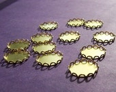 20% off sale Lace Edged Brass 15mm Round Settings 12 Pcs