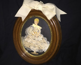 Framed Oval Ribbon and Lace Girl