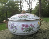 Vintage Lincoware Enameled Covered Casserole - Large Wildflowers Cookware Casserole