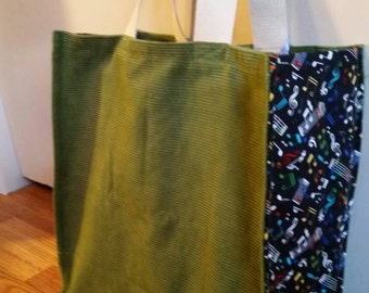 Sturdy grocery bag with music notes and symbols side fabric