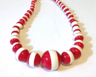 Laminated Lucite Necklace Red White Vintage 60s Mod
