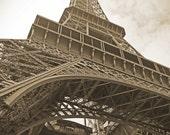 Eiffel tower print, Paris Photo, Paris Art, Eiffel Tower Photograph, Paris Decor, Architecture Art, Architecture Photo, Travel art