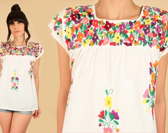 ViNtAgE 70's Oaxacan Top Hand Embroidered Mexican Tunic Artisan Handmade Cotton Floral Shirt S/M
