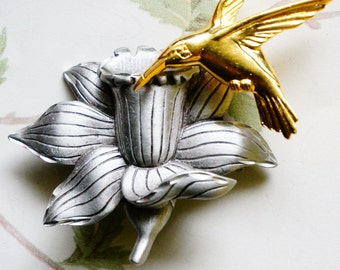 JJ Brooch, Hummingbird on Flower, Two Tone Silver and Gold, JJ Pin, Vintage