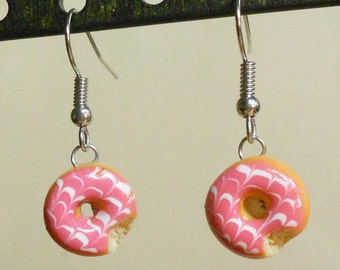 Strawberry or chocolate glaze swirl Doughnut dangly earrings handmade polymer clay sculpey miniature food dessert donut