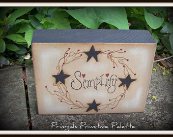 Primitive Star Simplify Shelf Sitter Wood Block