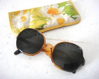 Vintage Tortoise Eyeglasses, Sunglasses, Frames with Sweet Daisy Flower Print Case