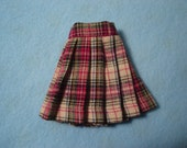 Blythe Red/Green Plaid Pleated Skirt also for Pullip and Vintage Skipper