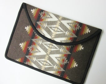 "15"" Macbook Pro Retina Display Laptop Cover Sleeve Case Padded Blanket Wool from Pendleton Oregon Tribal Print"