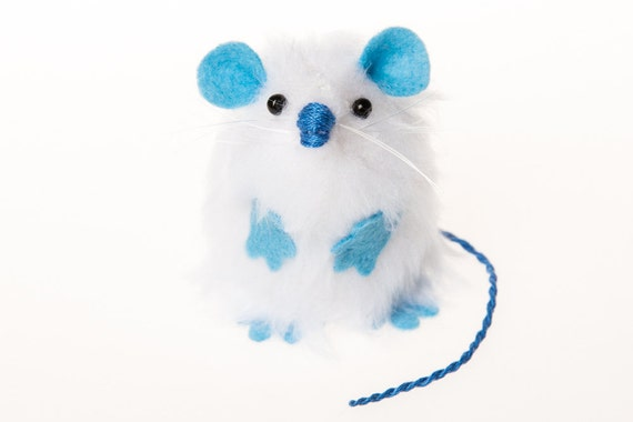 Yeti Abominable Snowman Mouse Ornament Artisan felt monster mice rat hamster gift  - Abominable Snowmouse