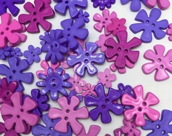 30 pcs of Flower Button - 15mm to 33mm - Purple Bright Tone