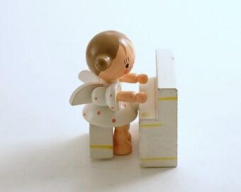 Vintage Angel Figurine Wood Angel Christmas Decoration Piano Miniature Angel