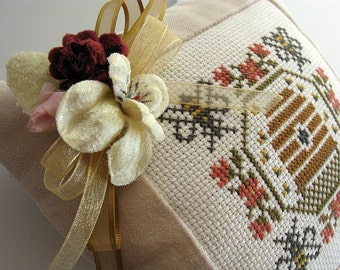 Beehive Garden Pillow Vintage Bees Primitive Cream Velvet Ticking Cross Stitch Millinery Florals Rustic Farmhouse Folk Art Summer Decoration
