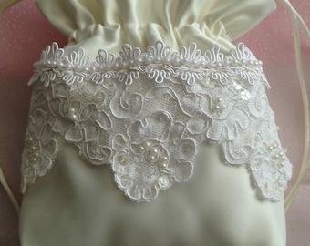 WEDDING BRIDAL IVORY Drawstring Bag, Beaded white Alencon Lace/Alencon Trim, Heirloom bag, Keepsake bag, MONeY Bag, Wedding Accessory