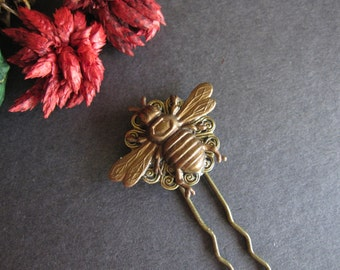 Bee Hair Stick, Nature Inspired, Bee Hair Fork, Victorian, Boho Hair Pick, Bohemian, Woodland Wedding, Bumble Bee, Vintage Inspired, Metal