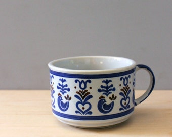 Folk Art. Rustic stoneware soup mug.