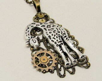 Steampunk geraffe necklace.
