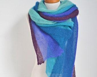 Knitted shawl, Sea colored shawl, P447