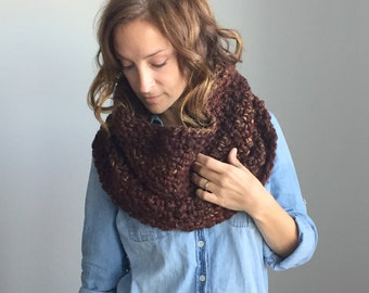 Infinity Scarf / Chunky Knit Cowl / Capelet / Shrug ~ Leaves ~ No. 1004