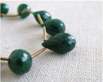 Clearance SALE Emerald Briolette Gemstone Faceted Teardrop Briolette 14mm 3 beads