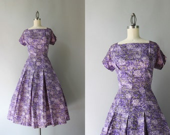 1950s Dress / Vintage 50s Lilac and Lavender Taffeta Dress / Little Birds 50s Novelty Print Dress