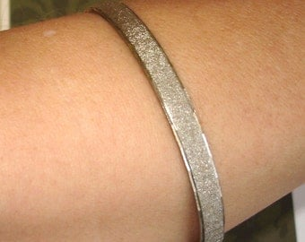vintage textured silver bangle bracelet