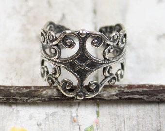 Filigree Finger Ring Adjustable Brass Trinity Brass Antique Silver {1pc} F155AS