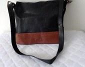 Thick leather messenger bag cross body bag  black brown color satchel tote shoulder bag gorgeous vintage 90s pristine cond