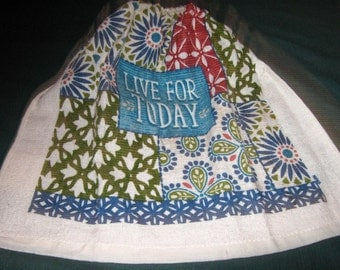 "Crochet hanging towel, ""Live for Today"", Beige top"