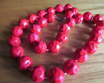 Bumpy cherry  red beads