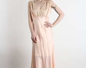 ON SALE 1930s Peach Maxi Night Gown