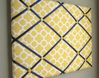 "16""x20"" French Memory Board, Bow Holder, Bow Board, Vision Board, Photography Display, Ribbon Board,  Yellow & Navy Quatrefoil Memo Board"