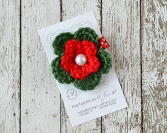 Red and Green Crocheted Flower Hair Clip with Pearl Center - crocheted flower hair bow - hair clips - Christmas - flower hairbow