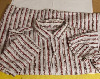 Vintage Fruit of the Loom sanforized button front shirt geo on white XL