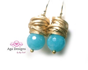 Molly Earrings in blue - Aquamarine stone and gold textured wire