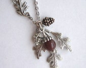 Oak Leaf and Acorn Necklace, Fall Jewelry, Autumn Leaves, Fall Fashion Accessories, Acorn Necklace, Leaf Necklace, Oak Leaf Jewelry