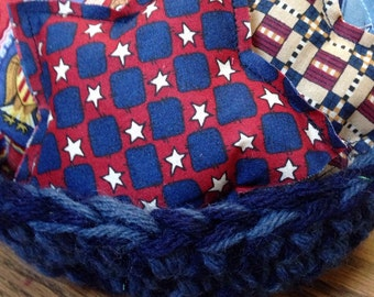 8 Americana stars, Fabric bowl fillers with hand-crocheted bowl