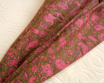 2 Yards Vintage Olive Green & Pink Paisley Cotton Fabric