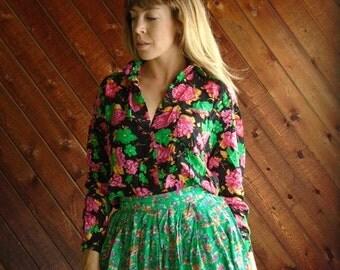 extra 25% off SALE ... Bright Pink Floral POP Button Down LS Blouse Shirt - Vintage 90s - S M