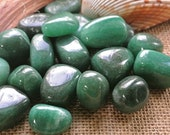 Green Aventurine Tumbled Stones // Healing Stones and Crystals // Good Fortune Stone // Chakra Stones // Wicca Crystals // Rocks and Mineral