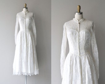 Sonetta wedding gown | vintage 1950s wedding dress | long sleeve lace 50s wedding dress