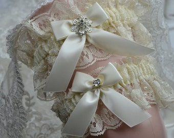 Ivory Bridal Garter Set,Wedding Garter, Heirloom Garter,Ivory Garter Set,Garter Set