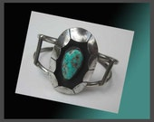 SHADOWBOX Turquoise Cuff Bracelet,Beautiful Southwestern Style,Small Wrist,Navajo/Native American/Indian Jewelry,Vintage Jewelry,Women
