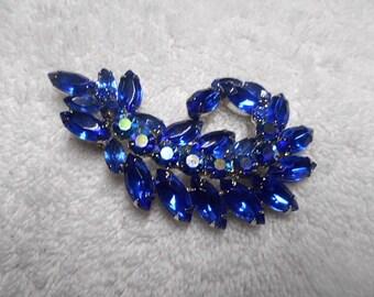 Stunning Blue D&E Pin