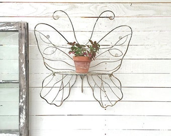 SALE, Butterfly Metal Wall Basket, Butterfly Garden Decor,Plant Holder,Farmhouse Style , Gift for Mom