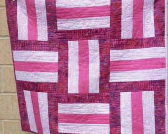 Pink railfence baby quilt 2