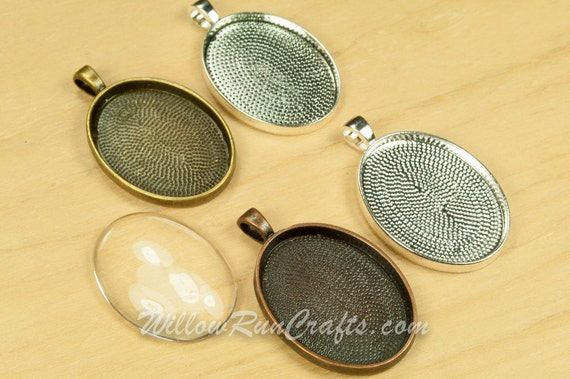 30 pcs 22 x 30mm Oval Pendant Trays with 30 Glass Oval Cabs  Antique Copper, Antique Silver, Antique Bronze and Silver, Blank Bezel Setting