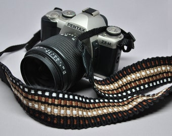 "22"" Strength-Lined Hand Woven Adjustable Camera Strap (Brown, Black, and White)"