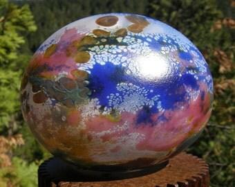 Fumed Glassballoon, garden art